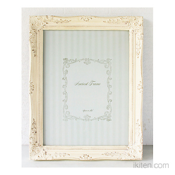 ANCIENT PICTURE FRAME L IV